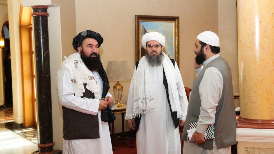 Hama nujehun thakah fahu furathama faharah America aai Talibanun eh meyzakah!
