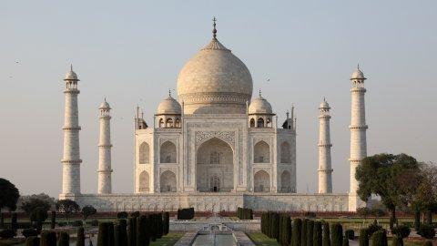 Taj Mahal: Loabeege laamaseel namoona eh!